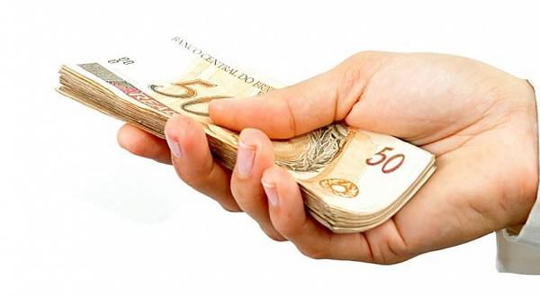 Pagar dívidas